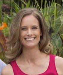 Melanie Woycheshyn, Registered Physiotherapist and Pilates Instructor
